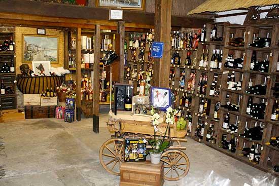 Piron Drinks: intérieur magasin vins