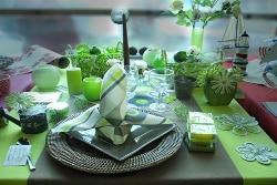 Piron Drinks: déco table vert